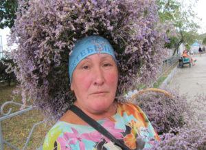 Людмила Коротикова. Бабушка Поебень Трава